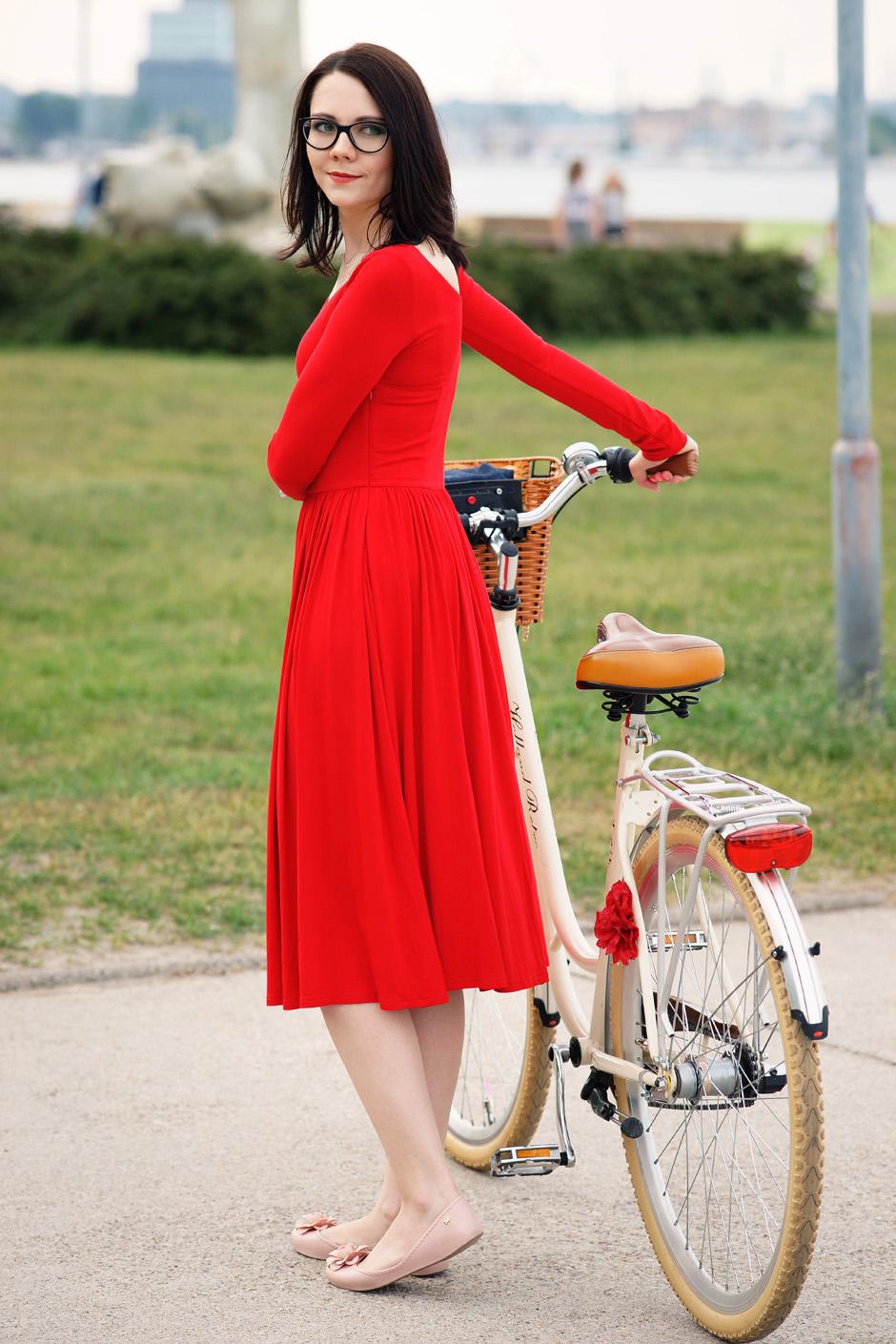 sukienka czerwona risk made in warsaw gotowa na wszystko, pudrowo różowe zaxy (11)