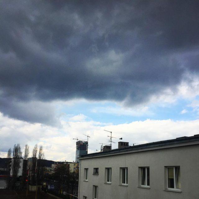 Taki mamy klimat wiosna pogoda chmury niebo zachmurzenie gdask polskahellip
