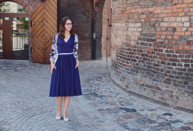 sukienka lata 50 stylizacja