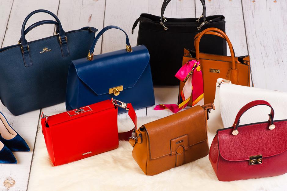 klasyczna torebka damska listonoszka kuferek tote