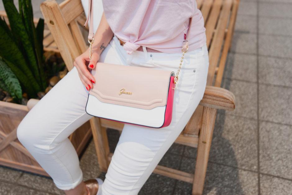 torebka różowa guess