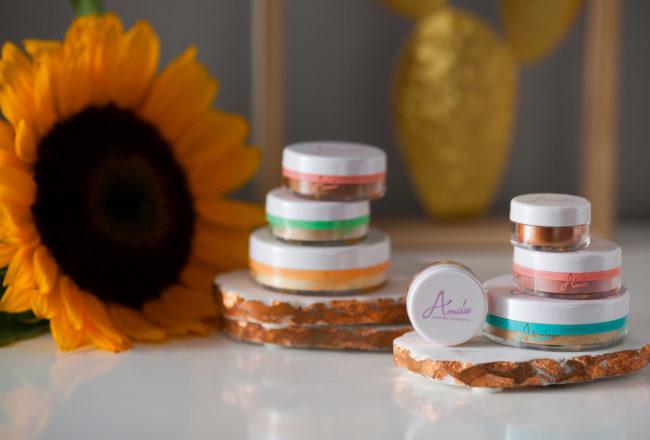 Makijaż mineralny kosmetykami Amilie